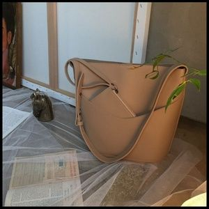 Cute Nation Bags - NEW MILAN 2pc Bucket Bag